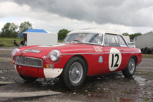 1964 FIA MGB Race Car For Sale (picture 2 of 5)