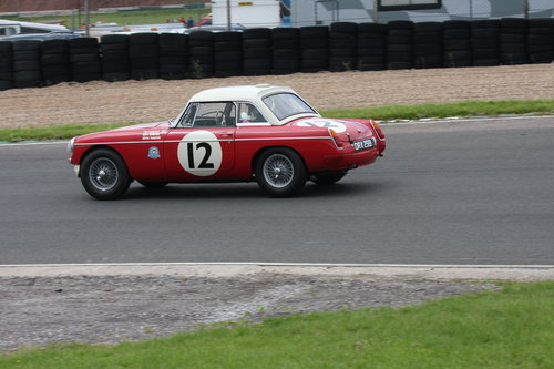 1964 FIA MGB Race Car For Sale (picture 4 of 5)