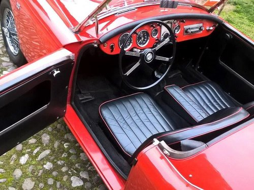 BEAUTIFUL 1960 MGA 1600 DISC BRAKES For Sale (picture 3 of 6)