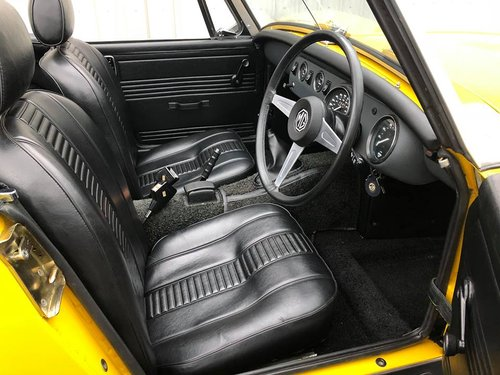 1980 MG MIDGET 1500 JUST 900 MILES FROM NEW!! SOLD (picture 4 of 6)