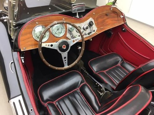 1952 MG TD MARK II ROADSTER SUPERCHARGED For Sale (picture 4 of 6)