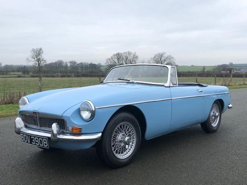 1964 MGB Roadster MK I Pull with Overdrive SOLD (picture 1 of 6)