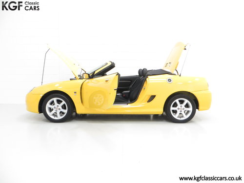 2004 A Rare Trophy Yellow MG TF 135 with Just 16,470 Miles SOLD (picture 3 of 6)