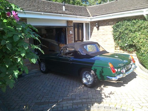 1968 MG B Roadster For Sale (picture 1 of 5)