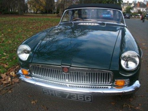 1968 MG B Roadster For Sale (picture 3 of 5)