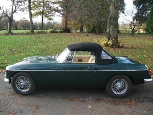 1968 MG B Roadster For Sale (picture 4 of 5)