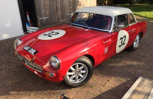 1964 MGB Historic Racer For Sale (picture 1 of 6)