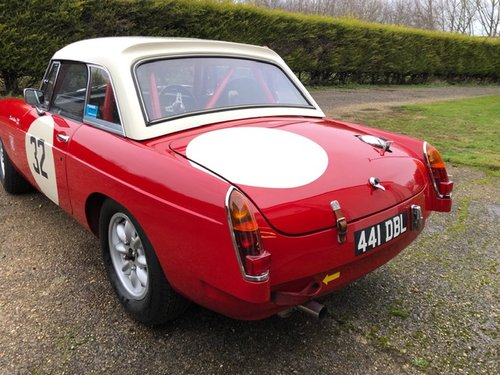 1964 MGB Historic Racer For Sale (picture 2 of 6)
