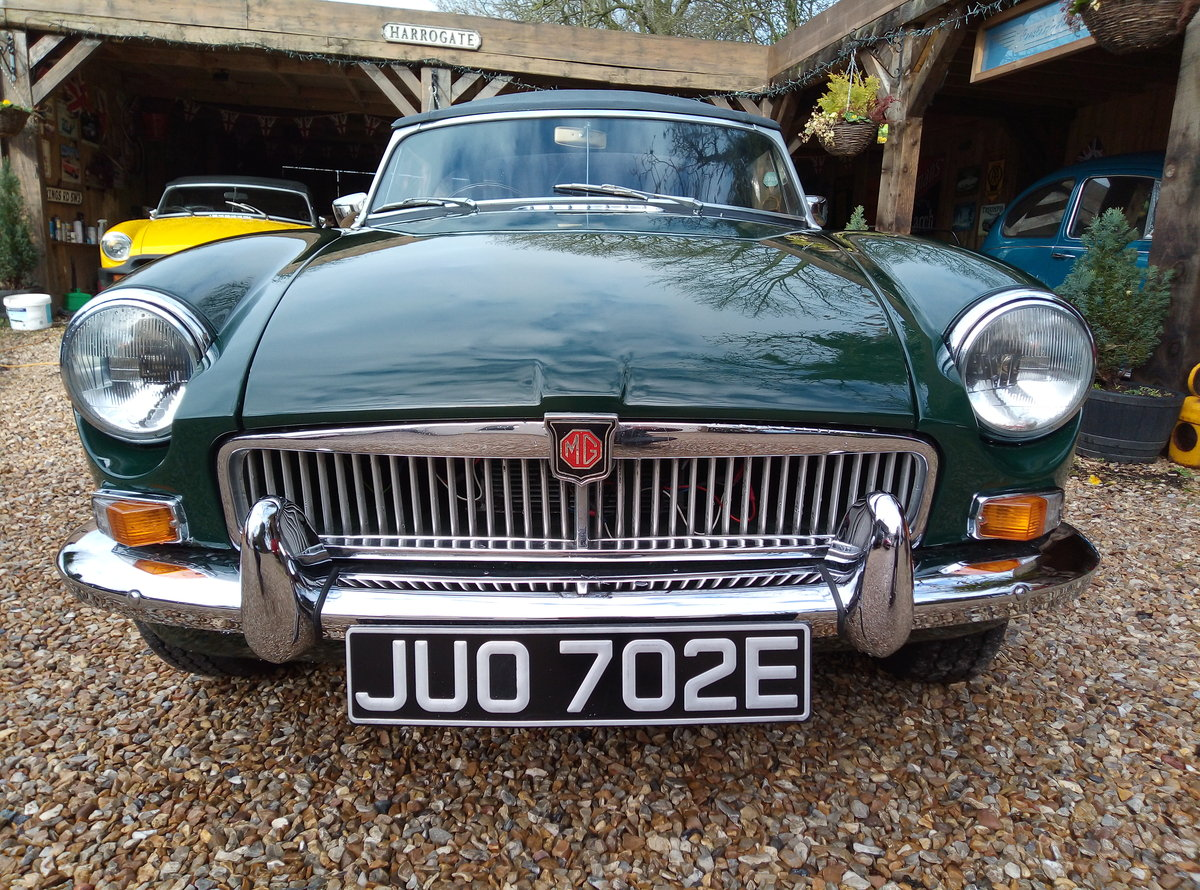 MGB ROADSTER 1967  For Sale (picture 1 of 6)