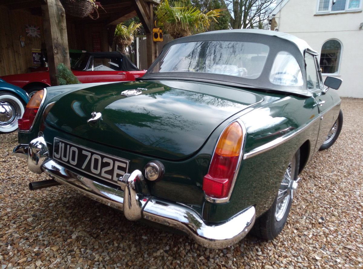 MGB ROADSTER 1967  For Sale (picture 3 of 6)