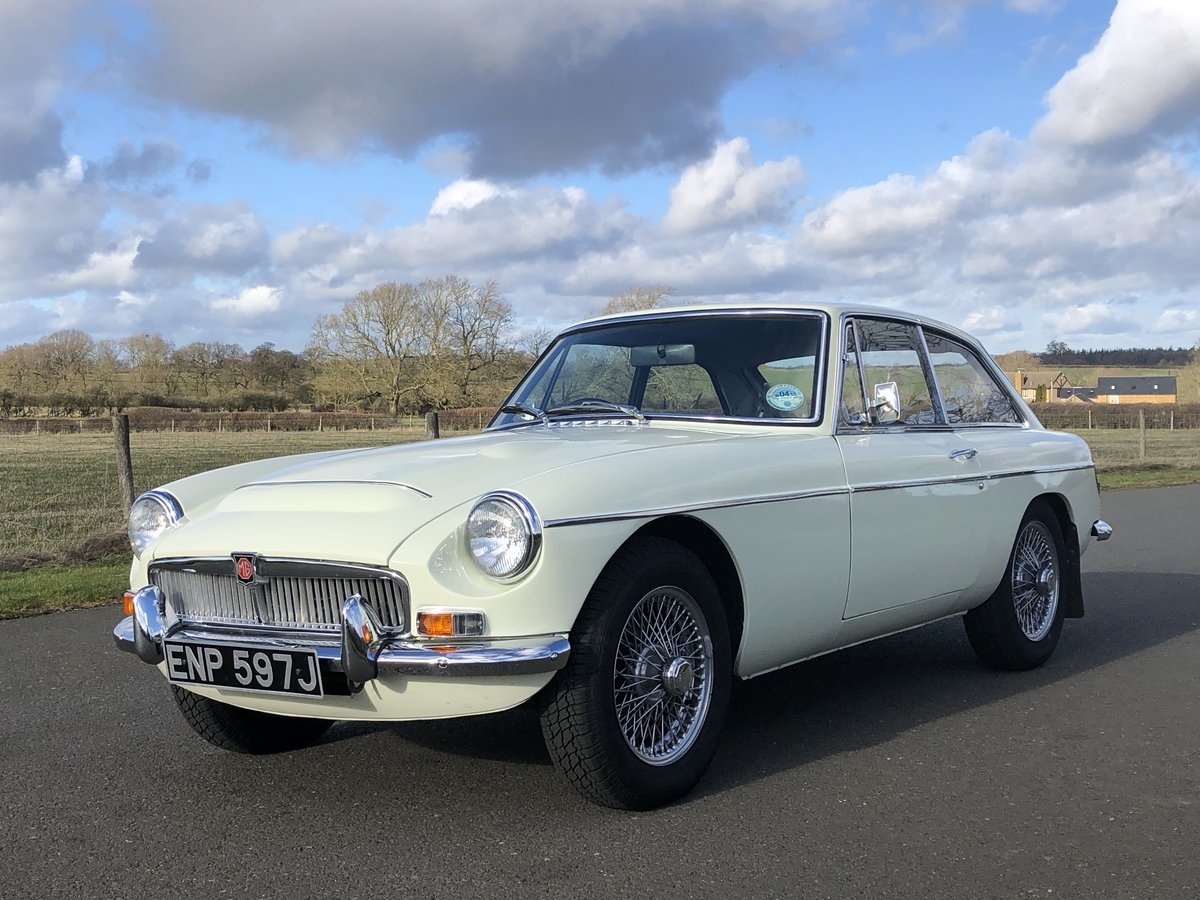 1970 MGC GT SOLD (picture 1 of 6)