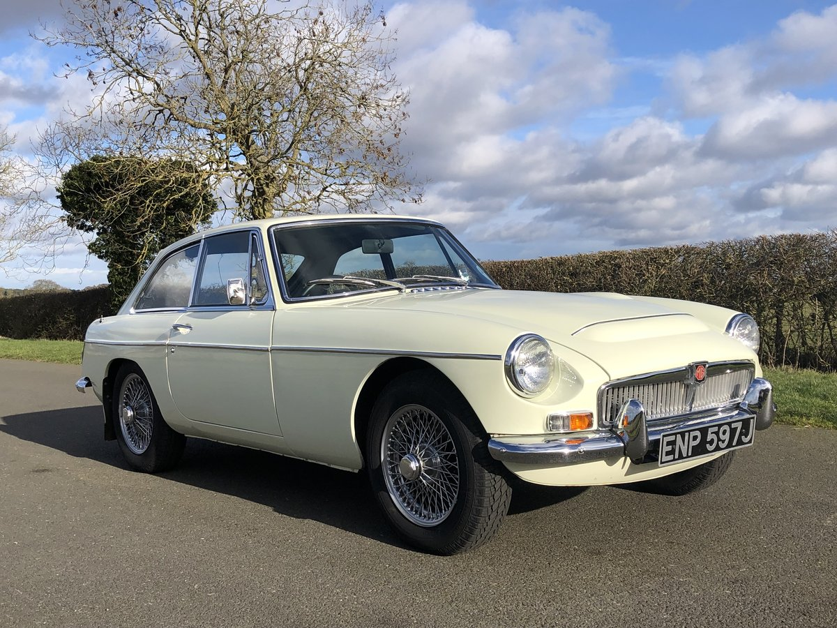 1970 MGC GT SOLD (picture 3 of 6)