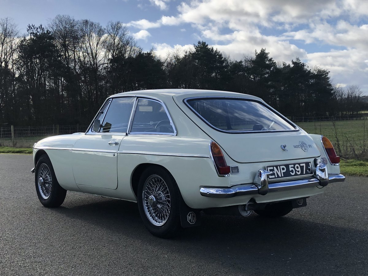 1970 MGC GT SOLD (picture 4 of 6)