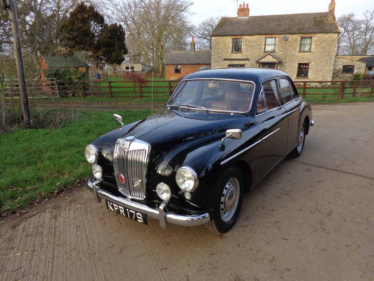 1957 A FULLY REBUILT, LOW MILEAGE, MG MAGNETTE ZB! For Sale (picture 3 of 6)