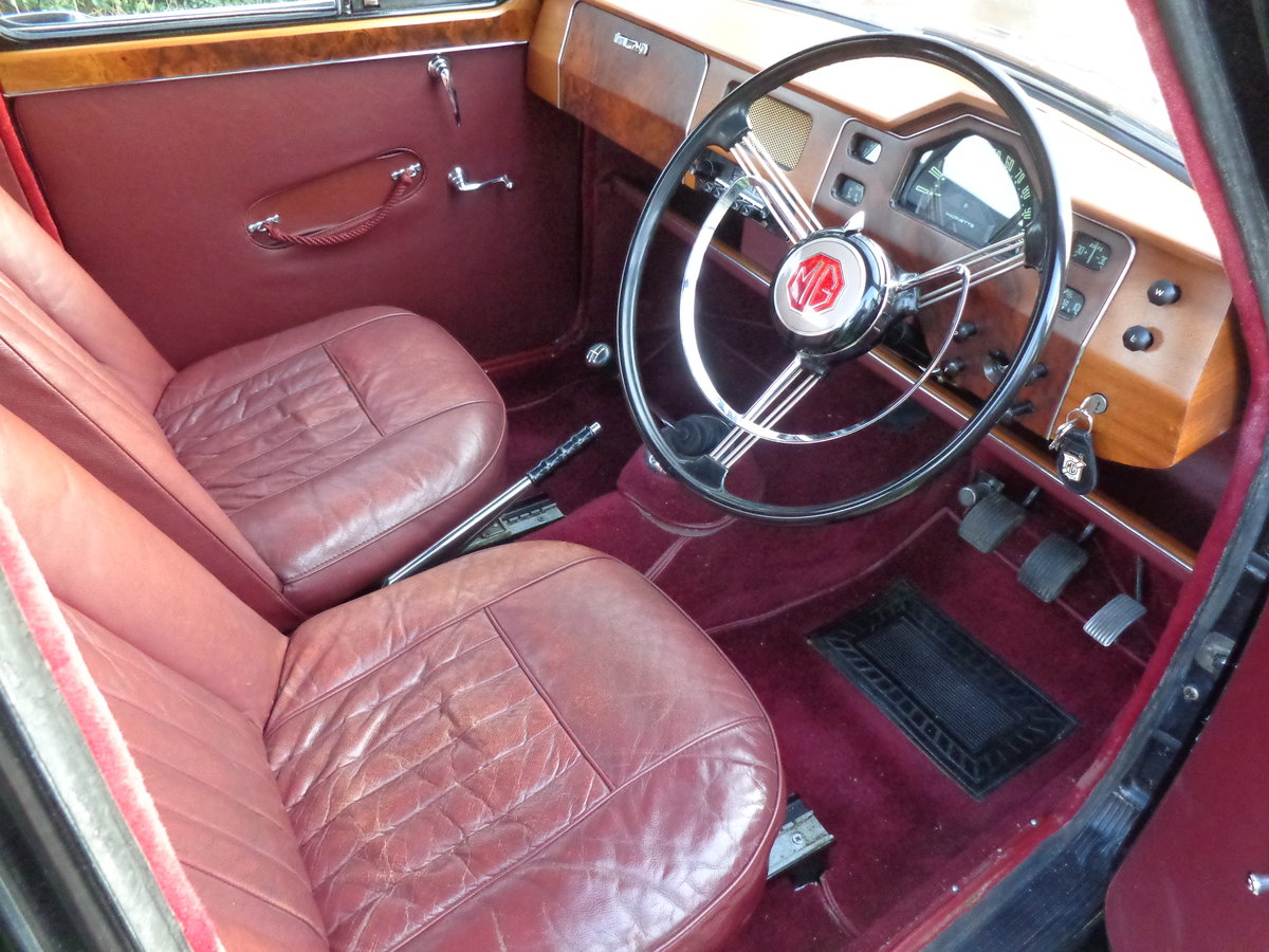 1957 A FULLY REBUILT, LOW MILEAGE, MG MAGNETTE ZB! For Sale (picture 4 of 6)