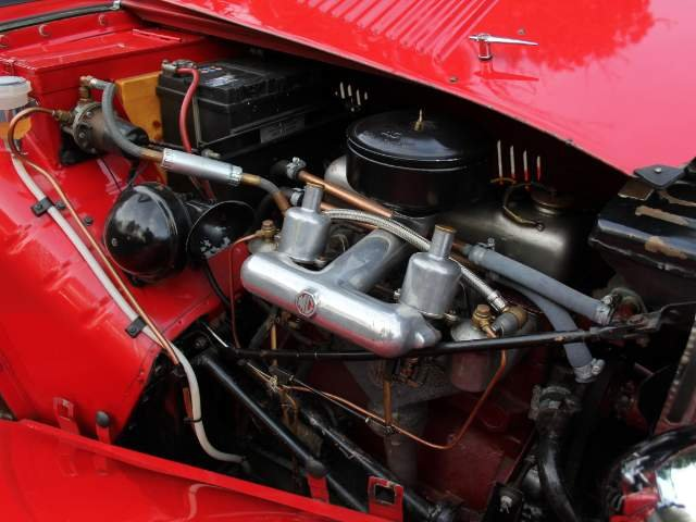 1952 MG TD - Delightfully Presented, 5 Speed Gearbox For Sale (picture 6 of 6)