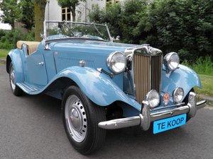 MG TD 1951 Clipper bleu color very rare.    Euro  27950 SOLD
