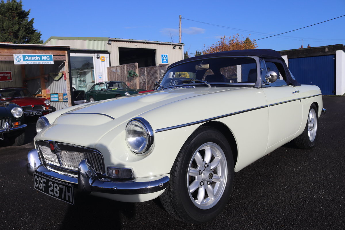1969 MGC Roadster, 5 speed, triple webers, 200bhp For Sale (picture 1 of 6)
