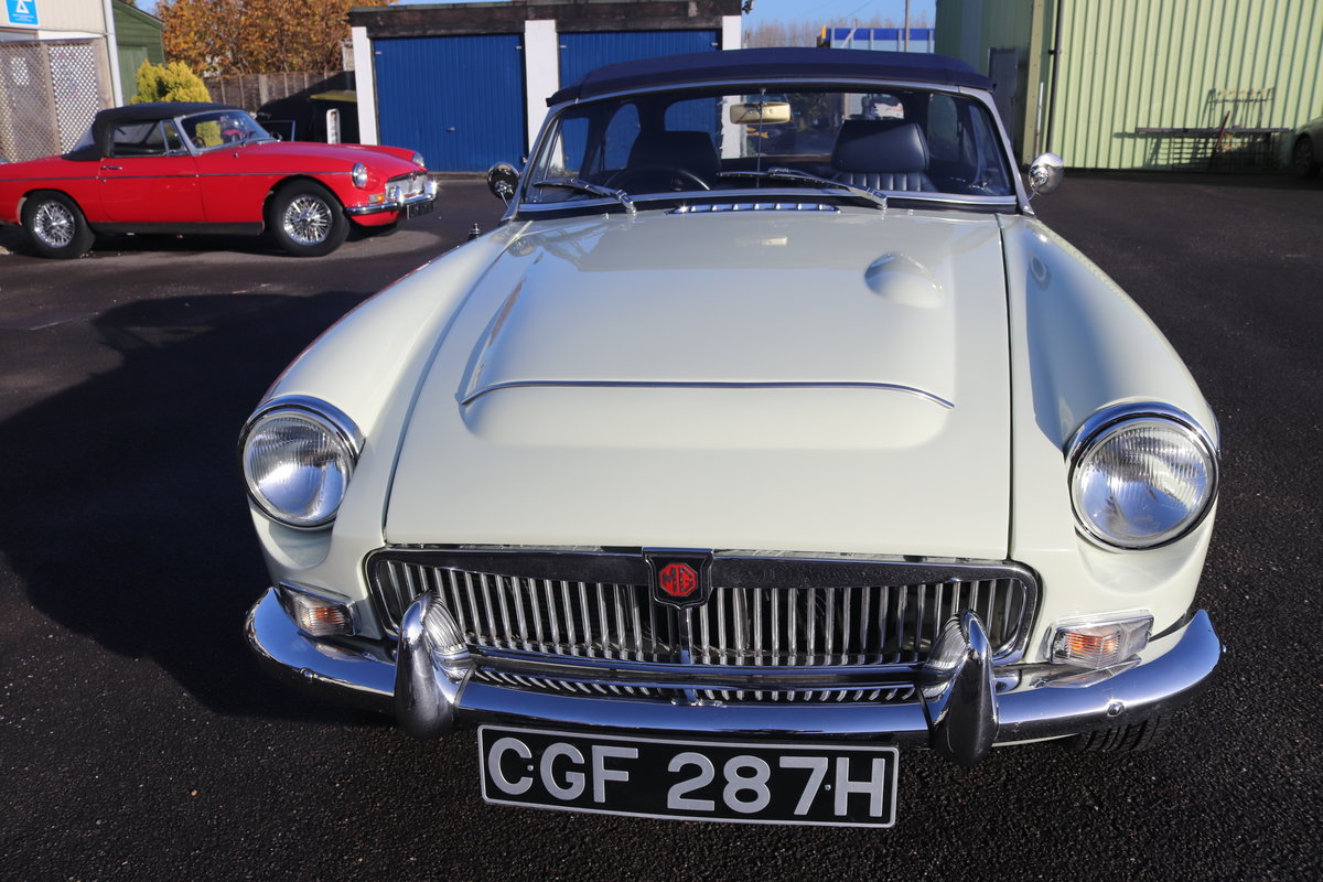 1969 MGC Roadster, 5 speed, triple webers, 200bhp For Sale (picture 6 of 6)