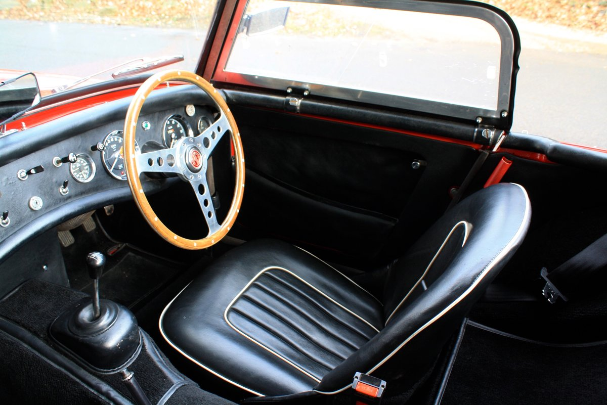 MG Midget Mk1, 1963. Rare example with sliding windows. For Sale (picture 4 of 6)