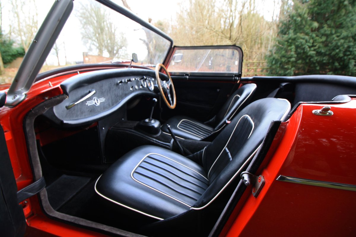 MG Midget Mk1, 1963. Rare example with sliding windows. For Sale (picture 6 of 6)