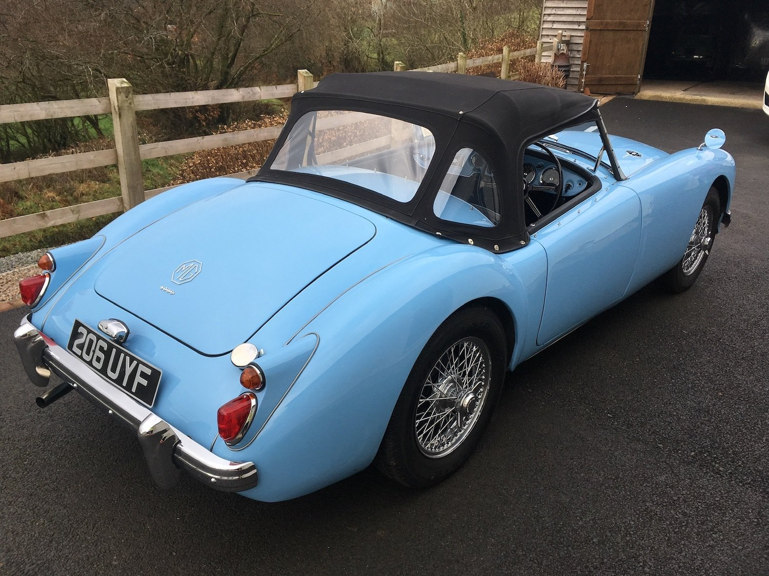 1960 MGA MK1 1600 Roadster - Superb Example SOLD (picture 3 of 6)