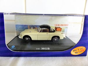 MGB ROADSTER-LHD US MARKET VERSION-1:43 SCALE.