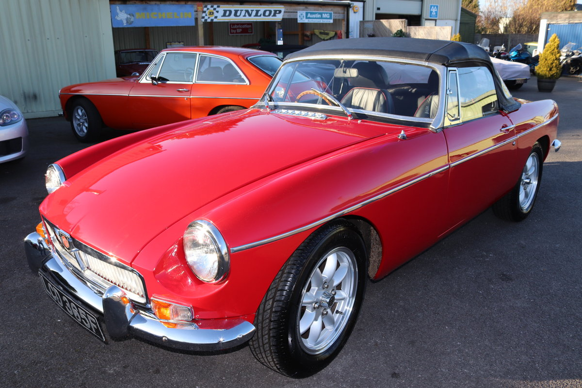 1968 MGB HERITAGE SHELL, Tartan red. SOLD (picture 1 of 6)