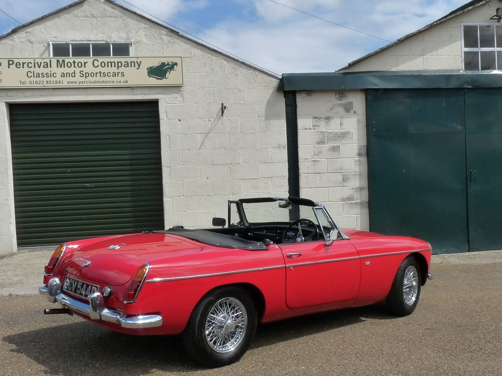 1966 MGB roadster Mk1, Sold SOLD (picture 2 of 6)