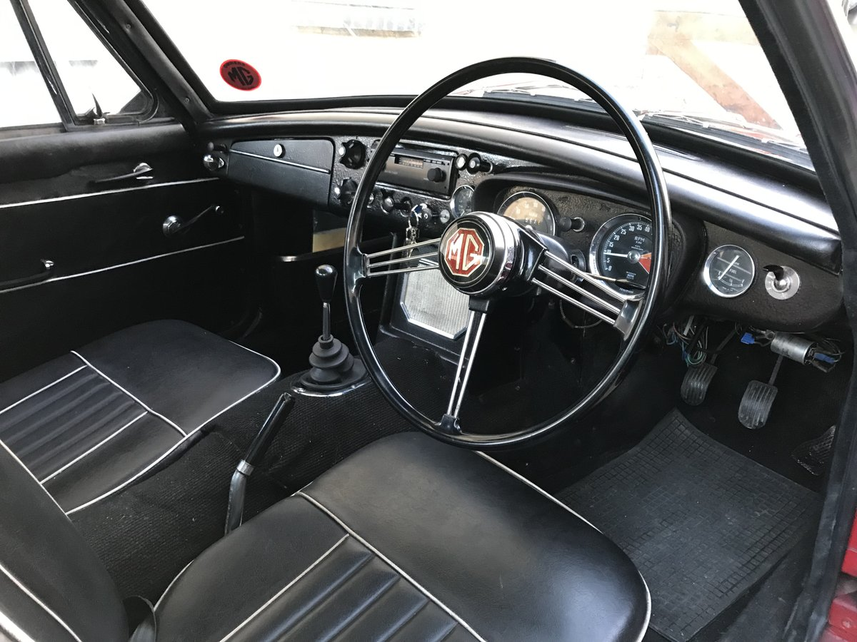1967 MK I MGB GT SOLD (picture 6 of 6)