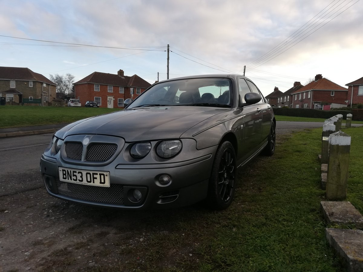 2003 Low Mileage MG ZT-T 1.8 For Sale (picture 1 of 6)