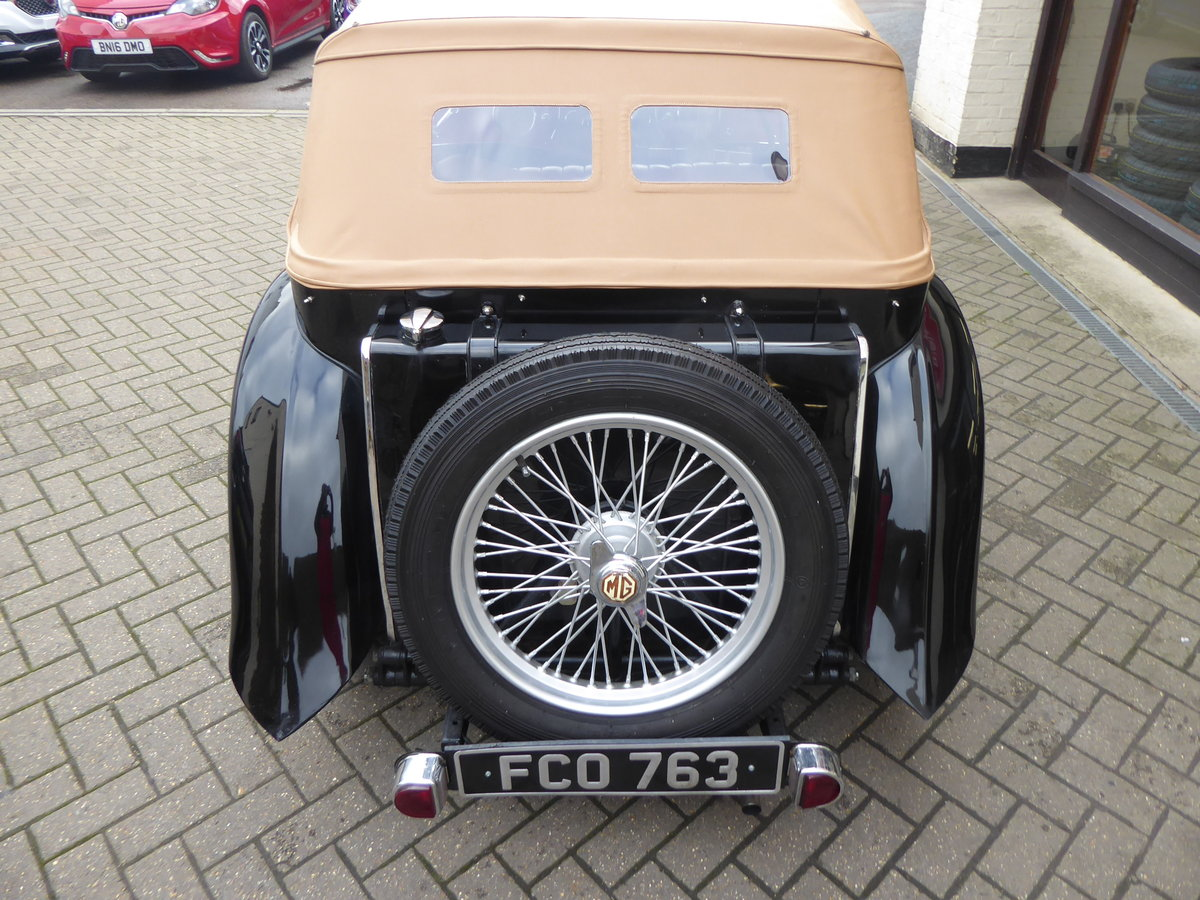 BEAUTIFUL MG TC 1949 IN BLACK For Sale (picture 5 of 6)