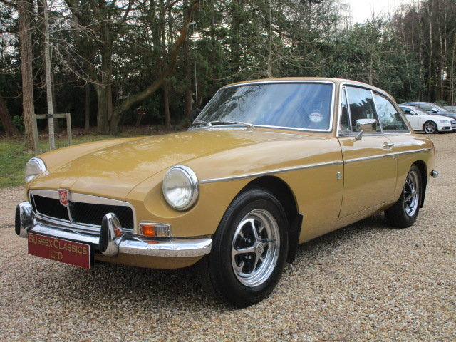 1974 MGB GT (Card Payments Accepted & Delivery) SOLD (picture 1 of 6)