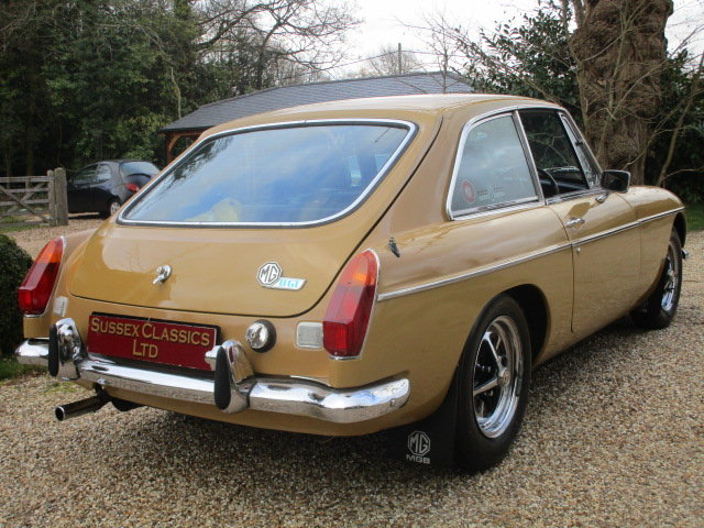 1974 MGB GT (Card Payments Accepted & Delivery) SOLD (picture 3 of 6)