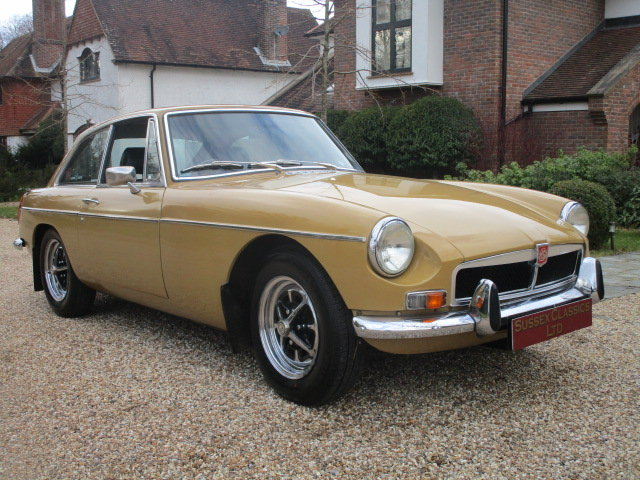 1974 MGB GT (Card Payments Accepted & Delivery) SOLD (picture 4 of 6)