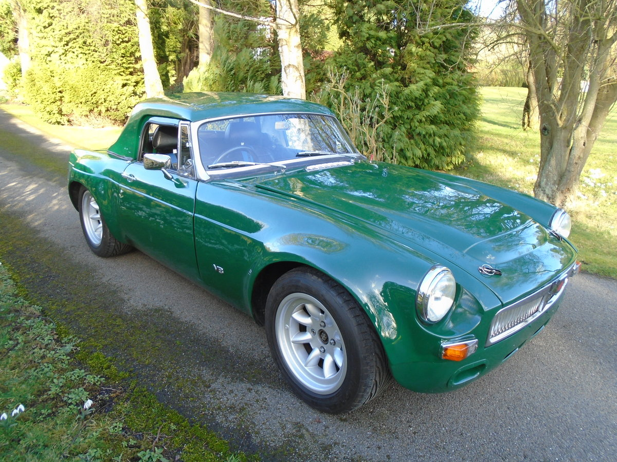 1968 MGB V8 Sebring Style Race Car SOLD (picture 1 of 10)