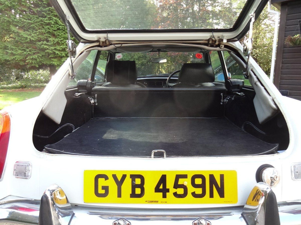 Deposit Taken. 1974 MGB GT V8 - Chrome Bumper V8 SOLD (picture 6 of 6)