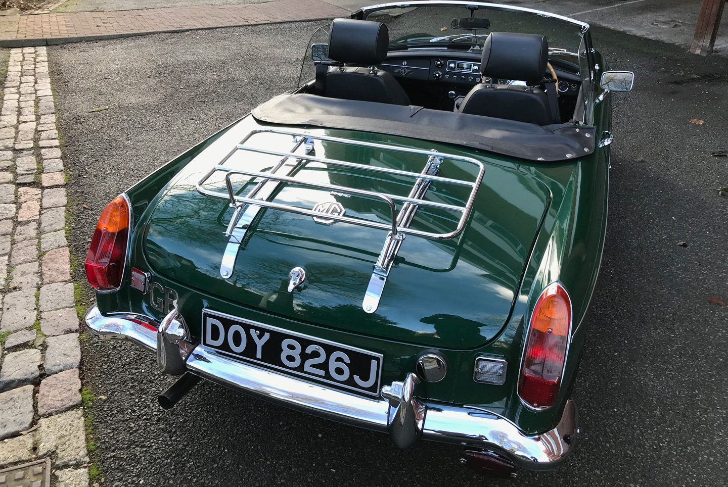1970 MGB Roadster. Original home market RHD car.  For Sale (picture 4 of 6)