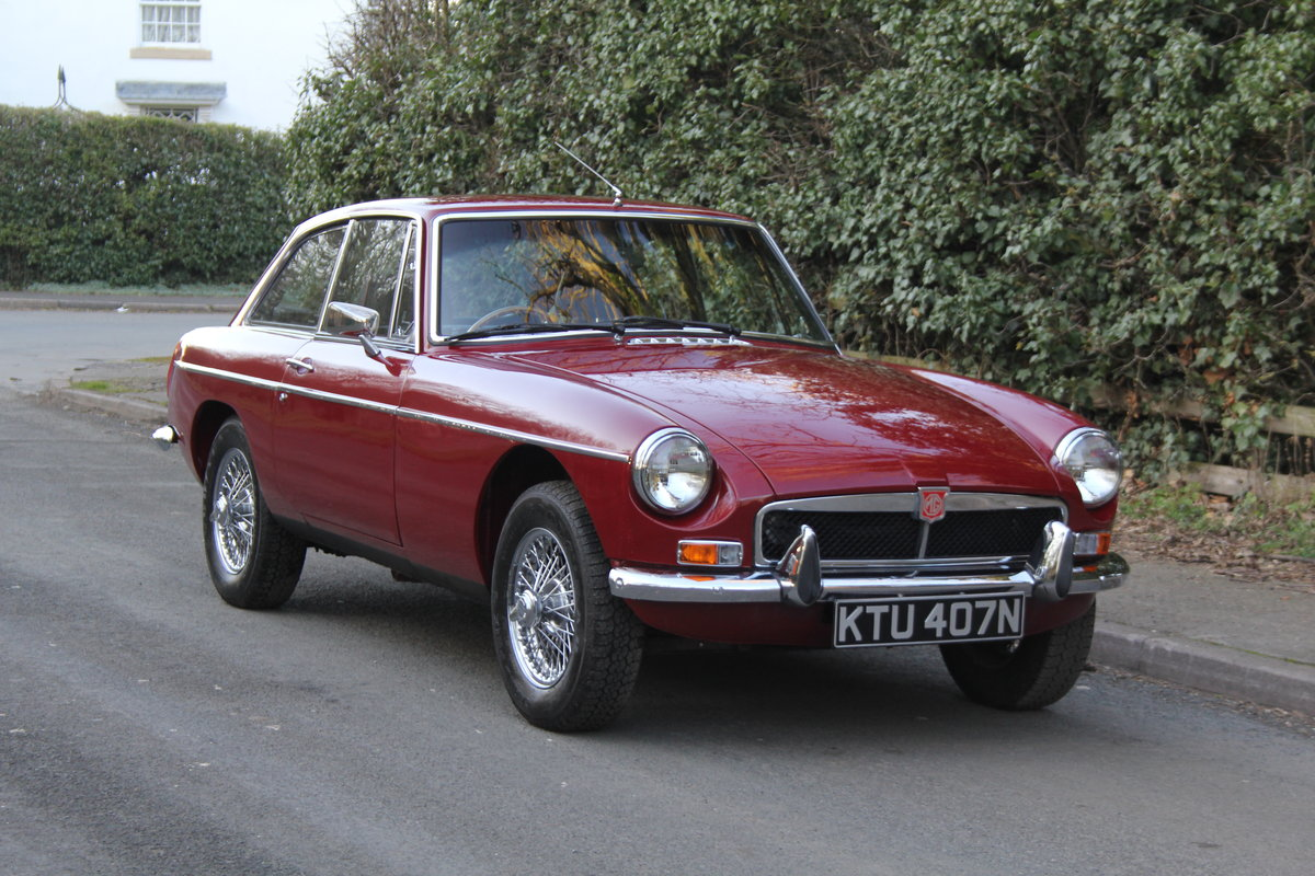1975 Late Chrome Bumper MGB GT, O/D, CWW, 75K miles SOLD (picture 1 of 12)