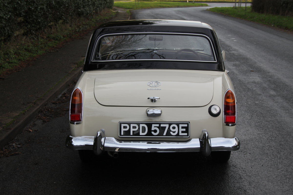 1967 MG Midget, hard top, wires, recent re-trim and re-paint For Sale (picture 5 of 12)