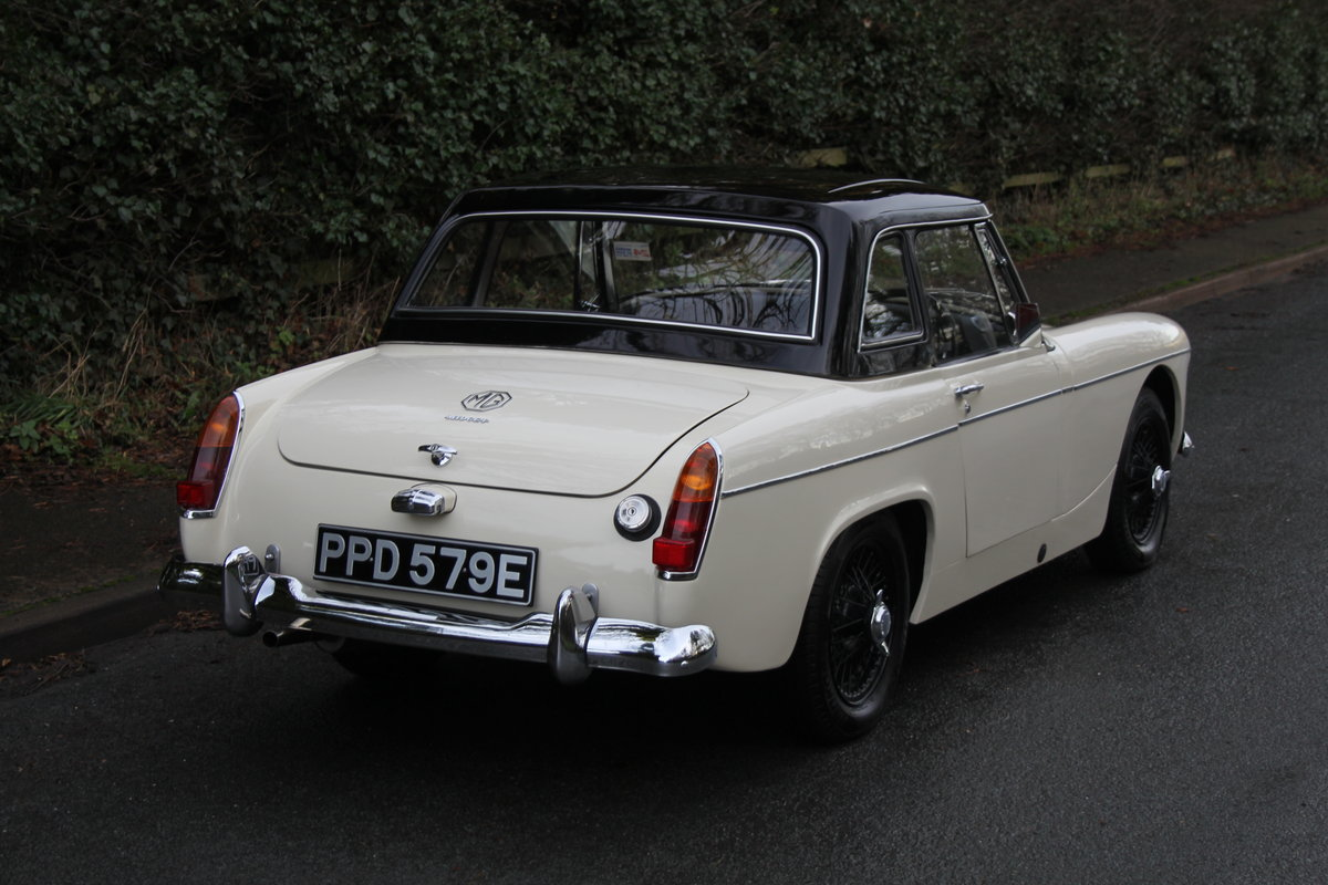1967 MG Midget, hard top, wires, recent re-trim and re-paint For Sale (picture 6 of 12)