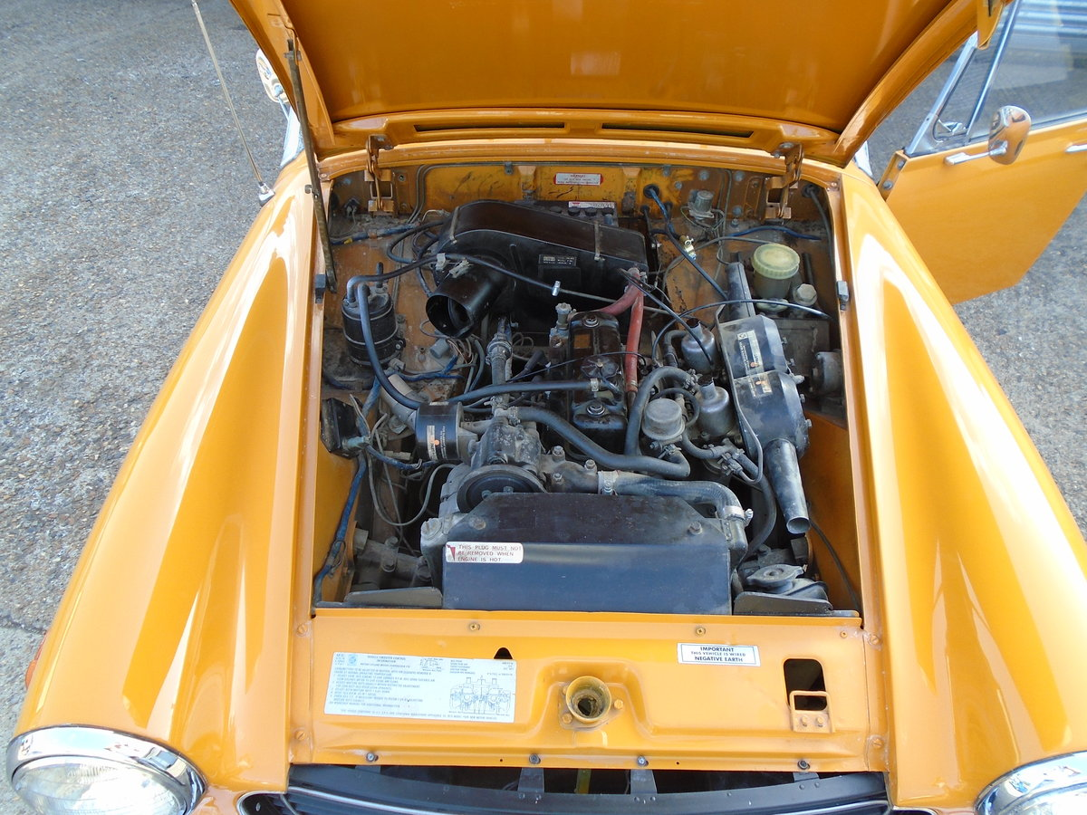mg midget 1973.one owner SOLD (picture 1 of 6)