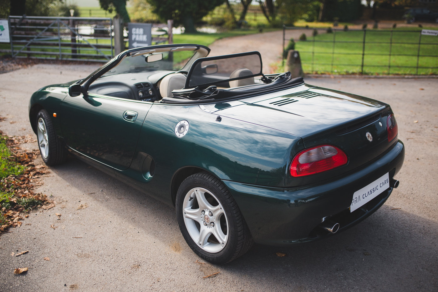 1996 MGF VVC 1800. 28900 miles SOLD (picture 2 of 6)