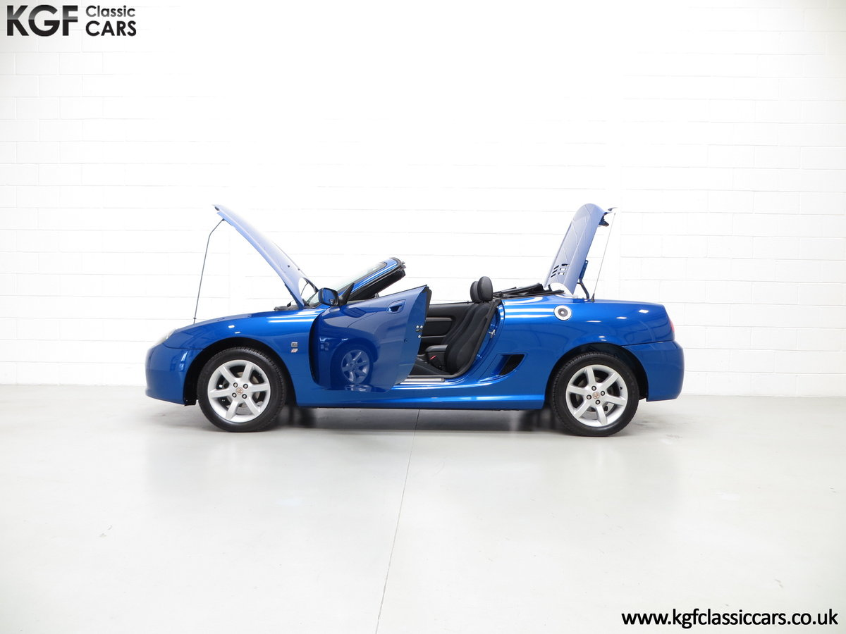 2004 A Stunning MG TF 135 with 19,636 Miles & Impeccable History SOLD (picture 3 of 6)