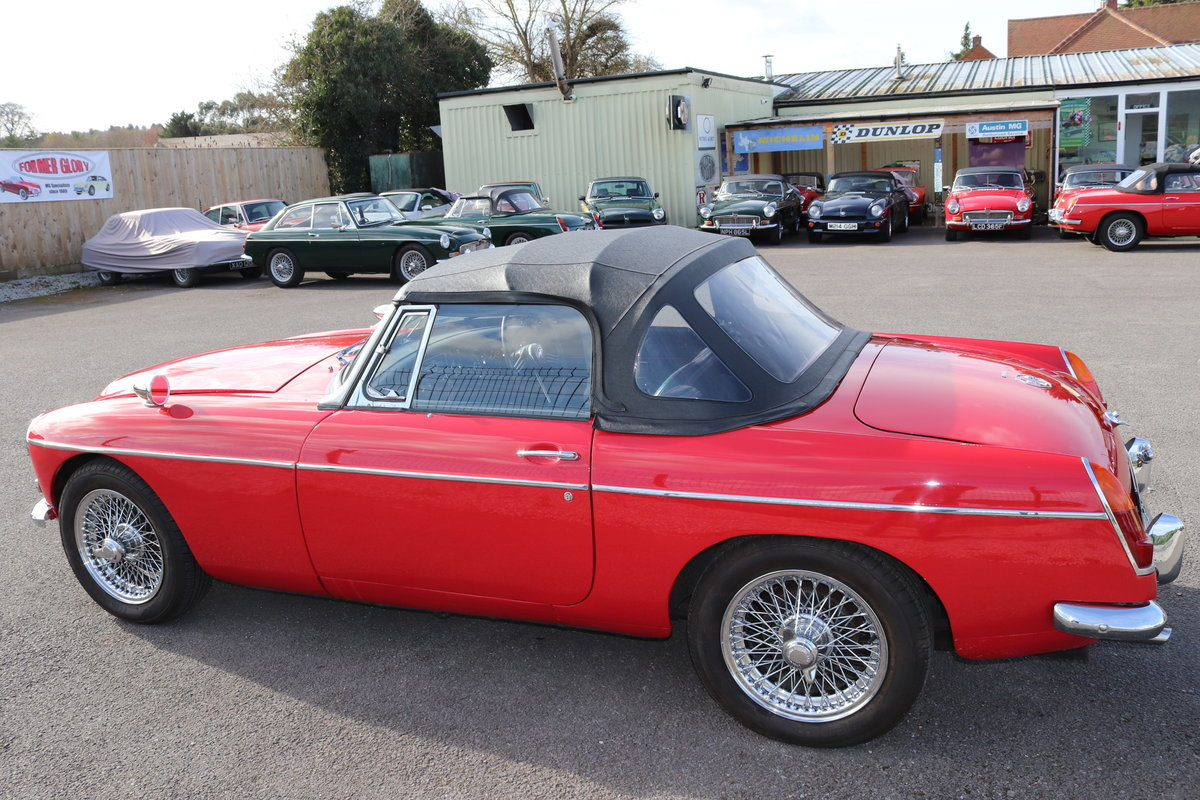 1968 MGC Roadster, UK car in tartan red For Sale (picture 5 of 6)