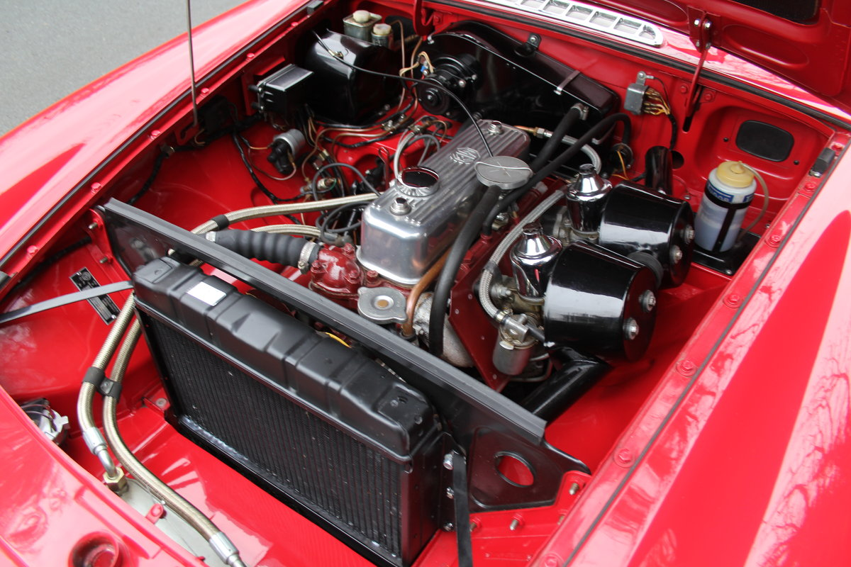 1966 MGB Roadster A1, show engine bay, body colour underside SOLD (picture 10 of 12)