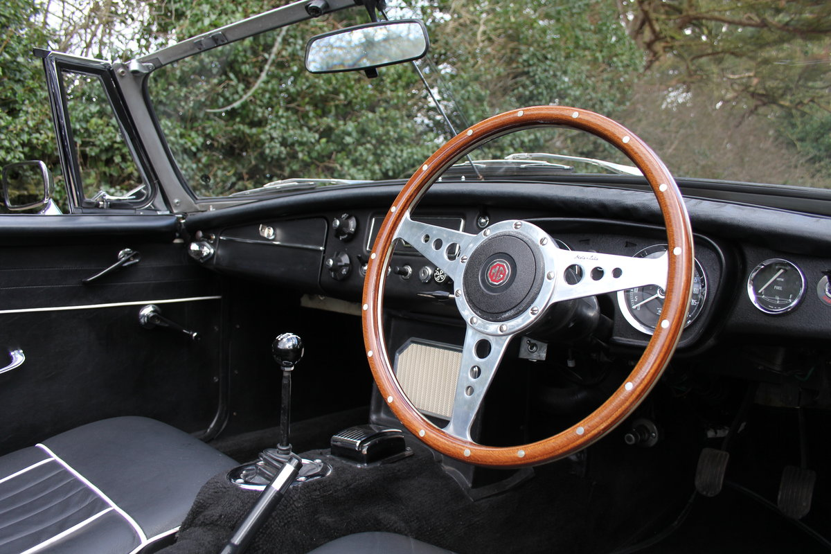 1964 MGB Roadster Pull Handle, Matching No's & Colours, O/D SOLD (picture 6 of 12)