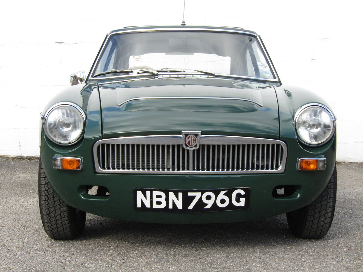 1969 MGC GT WITH SEBRING SYLING For Sale (picture 2 of 6)