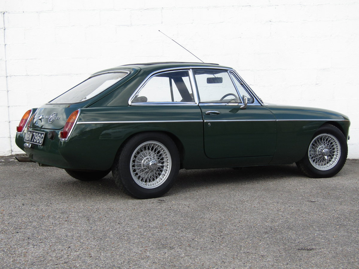 1969 MGC GT WITH SEBRING SYLING For Sale (picture 5 of 6)