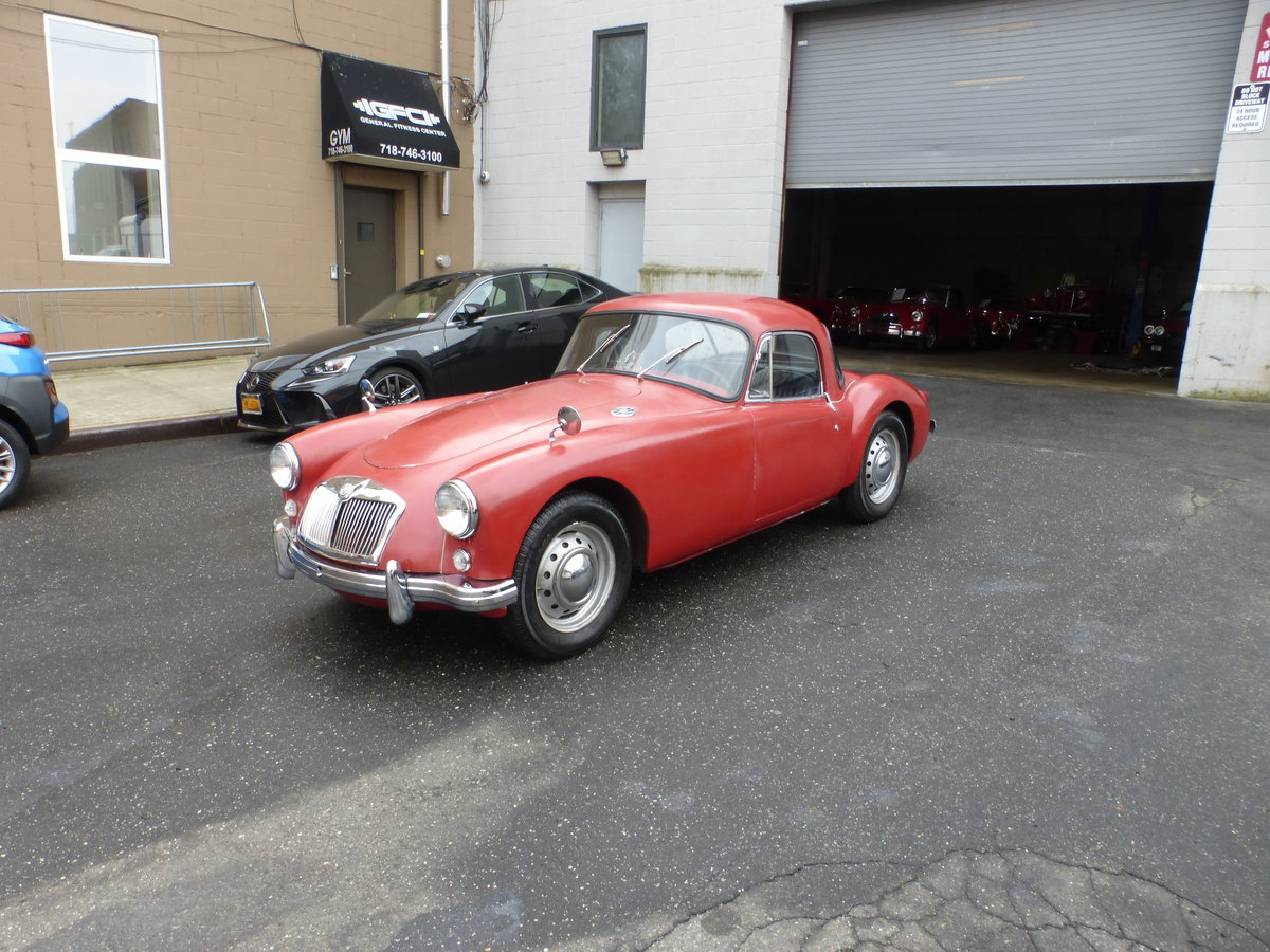 1958 MGA 1500 Coupe Nice Driver For Sale (picture 3 of 6)